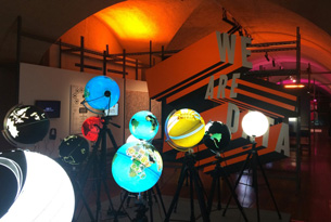 Selfies, surveillance and infographics: Big Bang Data at Somerset House